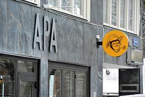 Hamburgerrestaurangen Apa öppnade i går, fredag.