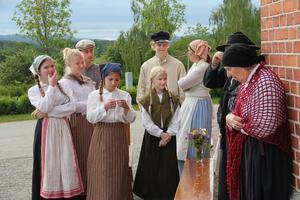 Många i teaterensemblen kommer från Söderhamnstrakten.