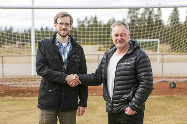 Jonas Albonius och Rhonny Nilsson är överens om tagen inför gymnasieskolans fotbollssatsning.