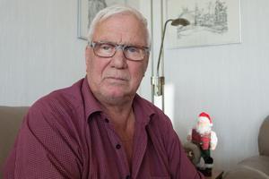 Göran Nordlund i Köping och hans fru vill berätta vad de var med om när polisen grep en 44-årig man misstänkt för rån, människorov och grov misshandel.