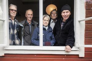 Per Öhman, Björn Engardt, Inger Engardt, Rolf Blomgren och Lars Nilsson minns diskoteket Cykelklubben med bultande hjärtan.