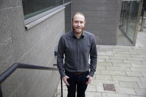 """Lars Greger (MP) tog över som ordförande i Telge fastigheter efter valet 2018. """"Den här renoveringen borde gjorts tidigare"""" säger han."""