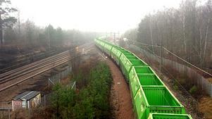 Så här såg det ut när godståget spårade ur under förra fredagen. Bild: Nykvarns kommun