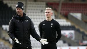 Simon Gustafsson från Västerås har skrivit på ett allsvenskt kontrakt med Örebro SK.