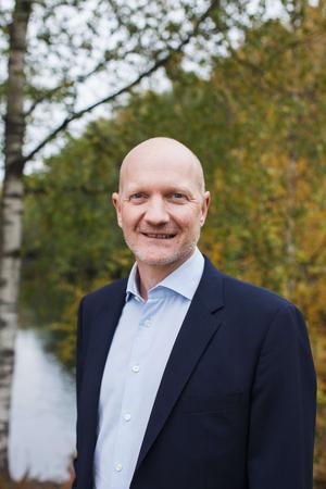 Lennart Eberleh, vd för Rottneros och Vallviks bruk. Pressbild.