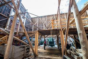 Logens skador blev omfattande och nu måste byggnaden rivas.