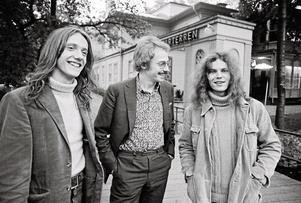På Strömpis. Mats Ronander, Claes-Owe Karlsson och Lasse Wellander möter NA och publiken 1971. Arkivbild: Stig Nyström