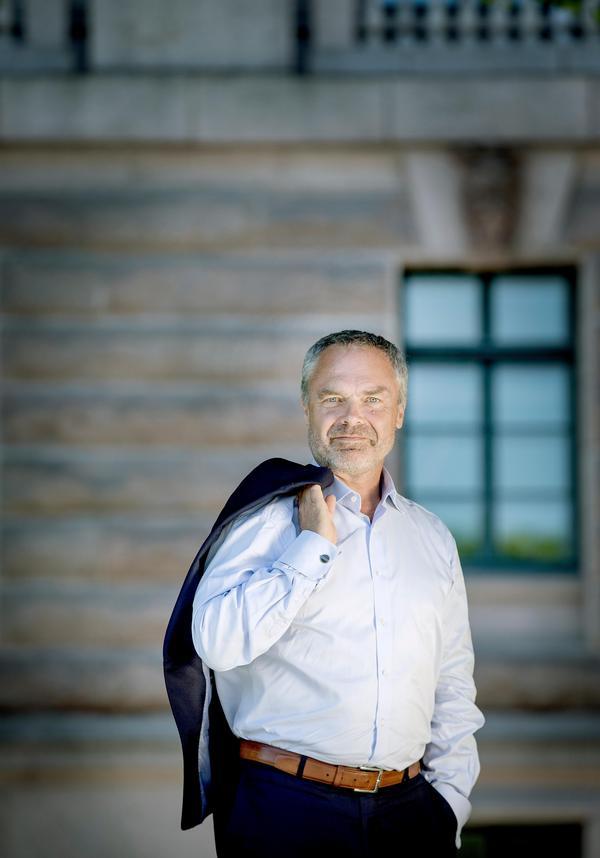 Europa och mer ordning och reda i skolan är två huvudfrågor för Jan Björklund, partiledare i Liberalerna.