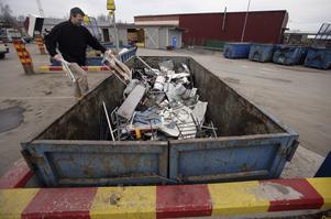 Bara en fjärdedel av all stål och aluminium återvinns. (Foto Fredrik Sandberg/TT)