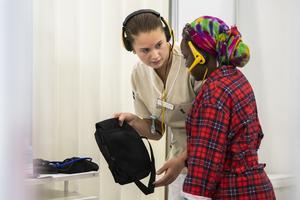 Jonna Mjörnell, undersköterska, tävlar på yrkes-VM i Kazan, Ryssland 2019. Foto: Viktor Fremling, WorldSkills Sweden.