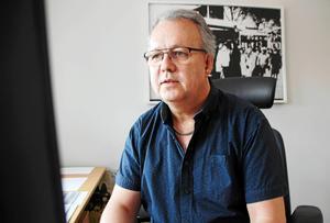 Janne Andersson, trafikchef på Dalatrafik, kan i dagsläget inte ge något besked om hur det blir med framtida satsningar på busskurer.