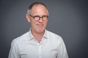 Jan Holmberg har skrivit en mycket läsvärd bok om Ingmar Bergman som författare.  Foto: Göran Segeholm