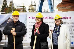 Benny Engberg (BP), Marie Centerwall (S) och Åsa Äng Eriksson (M).