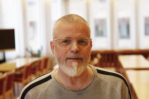 Thomas Östlund är imponerad av elevernas arbete med projekten.