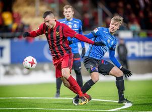 I fjol i Trelleborg, i år i Östersunds FK. Dessutom målskytt direkt när lagen möttes i cupen. Dino Islamovic gjorde 1–0 mot sitt gamla lag.