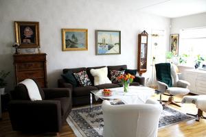Eva-Marianne Hallgrens vardagsrum.