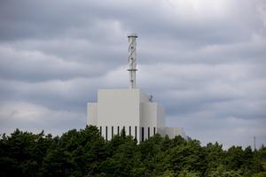 Vad ska hända med kärnkraftsavfallet? Det frågar sig Håkan Larsson (C). På bilden kärnkraftverket i Oskarshamn. Foto: Adam Ihse/TT