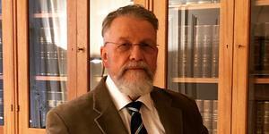 Håkan Andersson, polisbefälets försvarsadvokat.