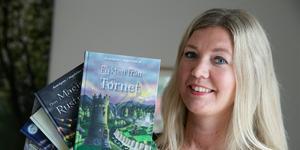 På lördag träffar Hanna Blixt sina läsare när hennes senaste bok i Sagofalls-serien börjar säljas.