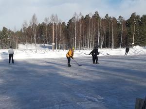 Full fart på isbanan.