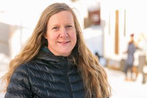 Helena Pettersson ser gärna att boulespelande pensionärer också börjar ägna sig åt kubb. Hon och övriga i Rödön Kubb har på senare år anordnat kubbtävlingar på Rödön, de har ibland deltagit i den stora kubbtävlingen i Kälen i Bräcke kommun och de åker på kubbtävlingar runt om i landet.
