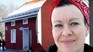 Erika Svensson bygger en bar i Äteriets lada.