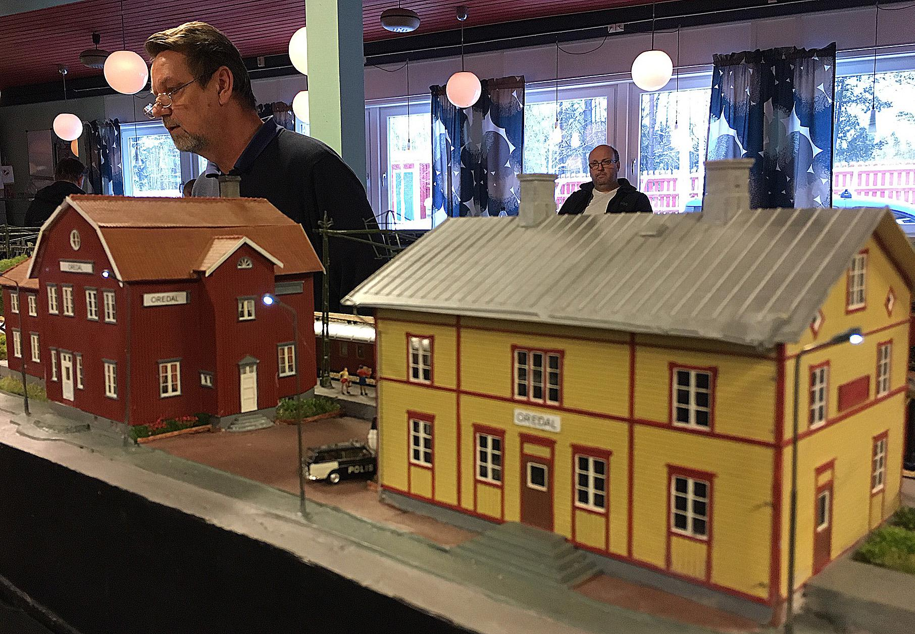 Håkan Grundstedt har full koll på signalsystemet.