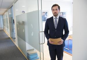 Bild: Fredrik Sandberg / TT. Viktor Banke är kvinnans advokat.