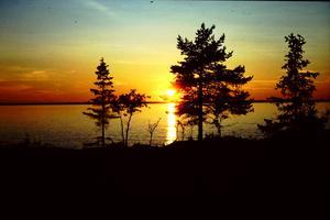 Solnedgång; och vi säger farväl till sommartiden.