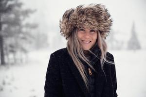 Maria Mattson åker längdskidor nästan varje dag när det finns snö. Ofta lånar hon någon hund som sällskap.