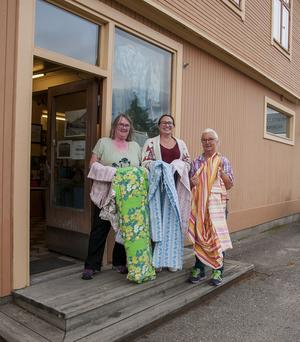 En insamling av påslakan gjordes till lapptäcket i Holmsveden. Foto: Tommy Sundström.