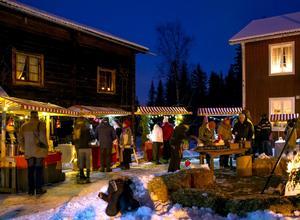 Även ifjol arrangerades marknaden på Bäckasgården. Tidigare har den genomförts även på Joongården. FOTO: ANNKIE HASSELKRANTZ