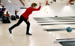 Ungefär 45 personer fanns på plats för prova-på-dagen i bowlinghallen. Tanken är att det fortsättningsvis ska etableras som en fast aktivitet på tisdagar.