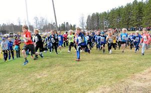 Rekord för Wedevågloppet 2013. Allt fler barn och ungdomar ställer upp och springer i Klasskampen.