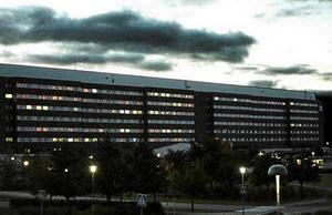 Insändarskribenten har fått sin operation på sjukhuset inställd tre gånger.