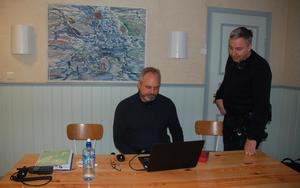 polisinsatschef Patrik Åkerlund och stabsassistent Stefan Larsson, kunde före lunch avveckla sambandscentralen i Nusnäs.