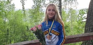 Alva Casserstedt tog en bronsmedalj i sprinten i mountainbike-SM. Foto: Privat