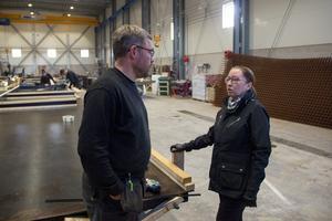 Magnus och Madelén Marklund träffar varandra både på jobbet och hemmavid.