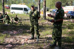 Information om läget med militär insatschef Johan Johansson och Peter Larsson.