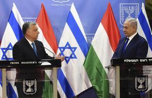 Israels premiärminister Benjamin Netanyahu tar emot Ungerns kontroversielle premiärminister Viktor OrbanFoto: AP/TT