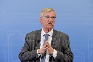Kritik av Lars-Erik Lundins utredning om svenskt tillträde till konventionen om ett förbud mot kärnvapen.  Foto: TT