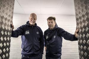 Roger Melin och nye assisterande tränaren Gunnar Persson bildar tillsammans med forwardstränaren Jens Nielsen och målvaktstränaren Jonas Levén årets tränarstab.