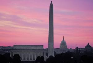 Kryptoeländet når Washington. Dan Browns nya roman är en speedad guidebok till den amerikanska huvudstadens arkitektur.