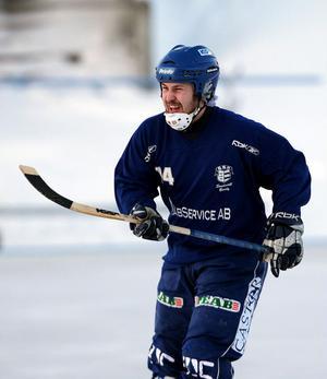 Tobias Sjödin kämpade med sitt Selånger, men UNIK var för starka.