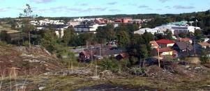 Här kommer man att kunna gå mellan Nordrona och Grossgärdet när en tunnel byggs för Västra vägen.