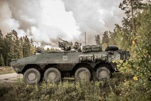 Fordonen som kommer att köras på E4 kallas Pansarterrängbil 360. Bild: Bezav Mahmod/Försvarsmakten.