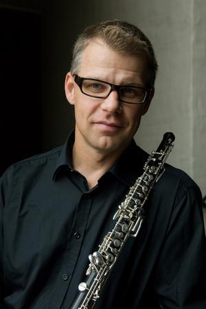 Jesper Harryson, en av medlemmarna i Kungliga filharmonikernas blåsarkvintett.