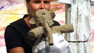 Ove Zacco Andersson spelar tillsammans med Hans Kellerman i Skottes Musikteaters nya barnföreställning.