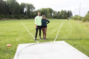 Simon Pettersson och Vanessa Kamga tränar ett eller två pass om dagen beroende på hur de ligger till längdmässigt.