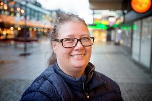 """Susanne Gaurwitsch, 48, egen företagare, Östertälje: """"En hårhandduk, sådan man knäpper runt huvudet som en turban. Jag fick en av min syster för 15 år sedan, men den är utsliten."""""""